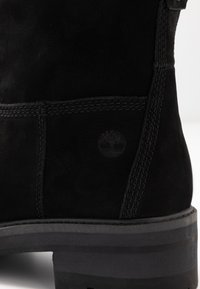 Timberland - COURMAYEUR VALLEY  - Støvletter - black - 2