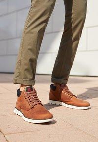 Timberland - BRADSTREET  - Chaussures à lacets - cognac - 8