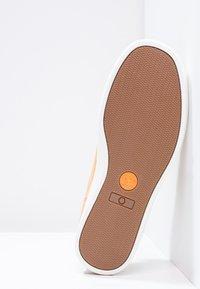 Timberland - ADV 2.0 CUPSOLE ALPINE OX - Sneakers - wheat - 4
