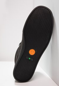Timberland - ADV2.0 ALPINE CHUKKA - Zapatillas altas - black - 4