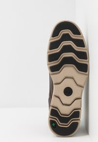 Timberland - BRADSTREET CHUKKA - Sneakers basse - olive - 4