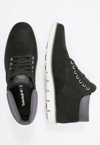 Timberland - BRADSTREET CHUKKA - Sneakers basse - black - 2