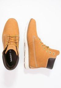 Timberland - KILLINGTON - Lace-up ankle boots - wheat - 1
