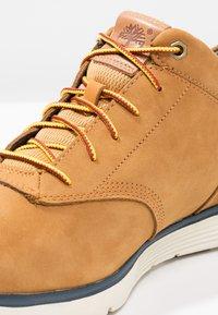 Timberland - KILLINGTON HALF CAB - Sznurowane obuwie sportowe - trapper tan - 5