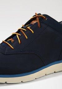 Timberland - KILLINGTON HALF CAB - Casual lace-ups - dark blue - 5