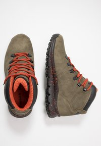 Timberland - WORLD HIKER MID - Bottines à lacets - dark green - 1