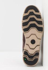 Timberland - BRADSTREET MOLDED - Baskets montantes - dark brown - 4