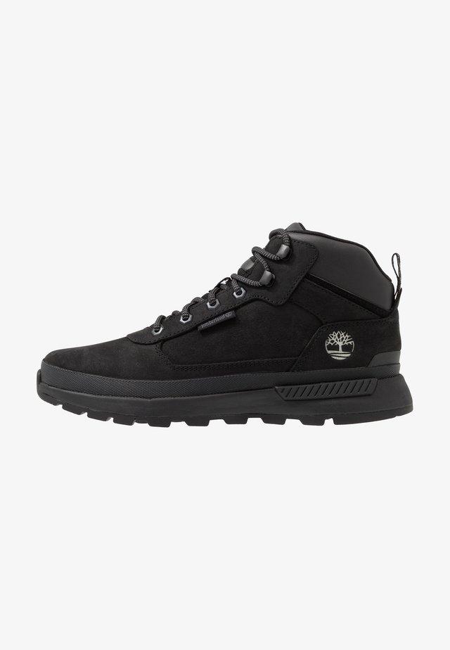 FIELD TREKKER MID - Lace-up ankle boots - black