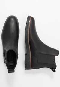 Timberland - FOLK GENTLEMAN CHELSEA - Classic ankle boots - black - 1