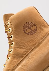 "Timberland - 1973 NEWMAN6"" BOOT WP - Lace-up ankle boots - wheat - 5"