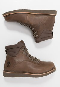 Timberland - NEWMARKET BOOT - Lace-up ankle boots - olive - 1