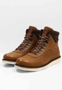 Timberland - NEWMARKET BOOT - Lace-up ankle boots - mottled brown - 2