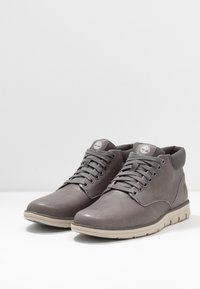 Timberland - BRADSTREET - Lace-up ankle boots - mid grey - 2