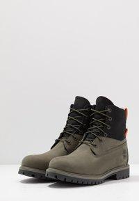 Timberland - PREMIUM - Šněrovací kotníkové boty - dark green - 2