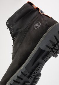 Timberland - PREMIUM - Lace-up ankle boots - black - 5