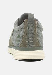 Timberland - KILLINGTON - Casual lace-ups - medium grey - 3