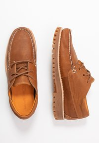 Timberland - JACKSON'S LANDING - Casual lace-ups - saddle english tudor - 1