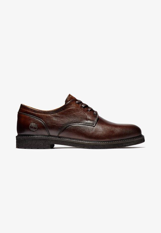 OAKROCK LT OXFORD - Sznurowane obuwie sportowe - dk brown full grain