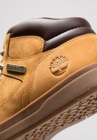Timberland - DAVIS SQUARE HIKER - High-top trainers - wheat - 5