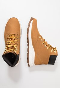 Timberland - BROOKLYN 6 INCH BOOT - Lace-up ankle boots - wheat - 1
