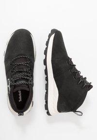 Timberland - BROOKLYN CITY MID - Zapatillas altas - black - 1