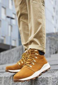 Timberland - BROOKLYN HIKER - High-top trainers - wheat - 7