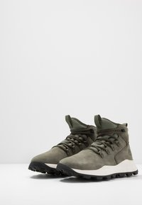 Timberland - BROOKLYN MODERN ALP - Zapatillas altas - dark green