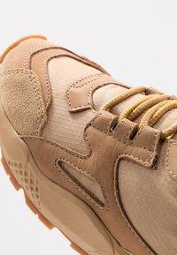 Timberland - RIPCORD MID HIKER  - High-top trainers - medium beige - 5