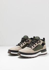 Timberland - FIELD TREKKER - Höga sneakers - light taupe - 2