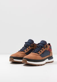 Timberland - FIELD TREKKER - High-top trainers - medium brown - 2