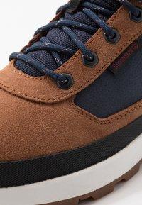 Timberland - FIELD TREKKER - High-top trainers - medium brown - 5