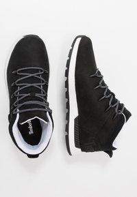 Timberland - SPRINT TREKKER - Höga sneakers - black - 1