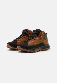 Timberland - TREELINE MID WP - Sneakersy wysokie - mid brown - 1