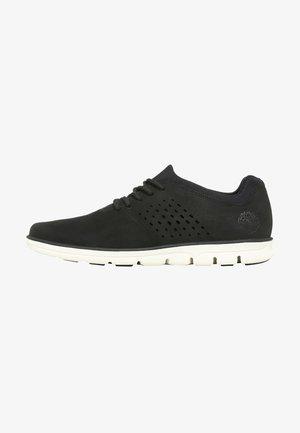 BRADSTREET  - Sneakersy niskie - black