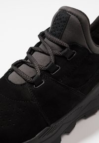 Timberland - BROOKLYN LACE OXFORD - Sneaker low - black - 5