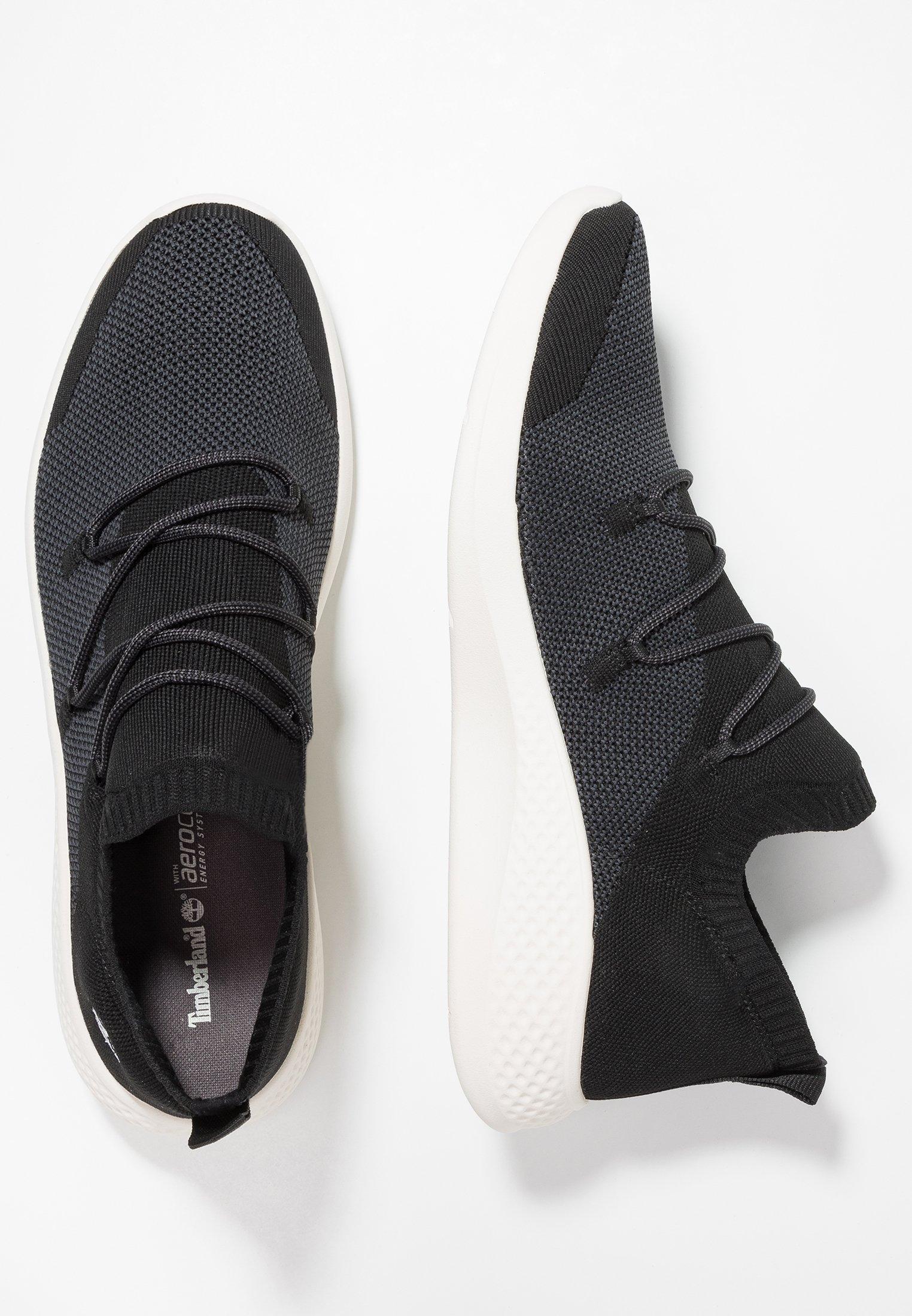 FLYROAM GO Sneaker low black