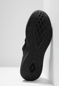 Timberland - FLYROAM GO - Sneaker low - blackout - 4
