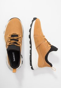 Timberland - BROOKLYN LACE OXFORD - Sneakersy niskie - wheat - 1