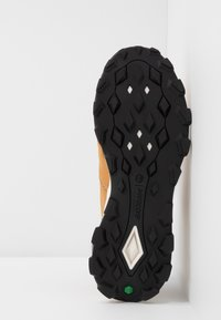 Timberland - BROOKLYN LACE OXFORD - Sneakersy niskie - wheat - 4