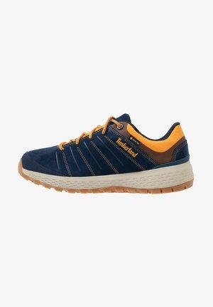 PARKER RIDGE LOW GTX - Sneakersy niskie - navy