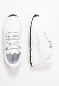 Timberland - RIPCORD LOW SNEAKER - Sneakers laag - white - 1