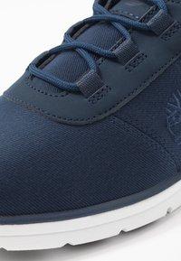 Timberland - BRADSTREET - Sneaker low - navy - 5
