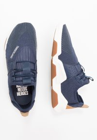 Timberland - EARTH RALLY - Trainers - navy - 1