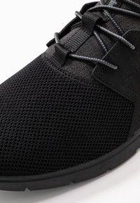 Timberland - KILLINGTON - Sneaker low - black - 5