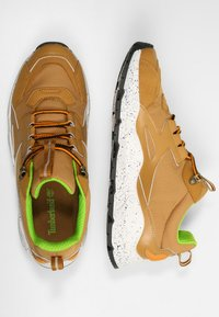 Timberland - RIPCORD - Sneakersy niskie - spruce yellow - 1