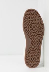 Timberland - DAVIS SQUARE - Sneaker low - white - 4