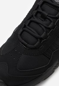 Timberland - RIPCORD SNEAKER LOW - Trainers - black - 5