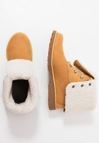 Timberland - 6 IN WP BOOT - Lace-up ankle boots - wheat - 0