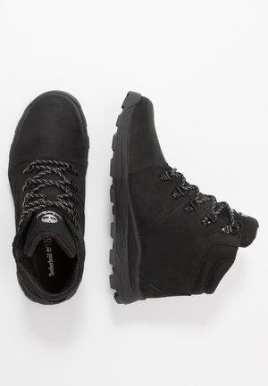 BROOKLYN HIKER - Sneakers hoog - black