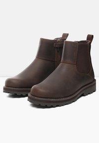 Timberland - CHELSEA - Korte laarzen - dark brown - 2